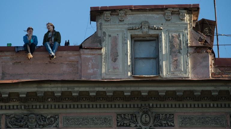 Беглов поручил разобраться с экскурсиями по крышам Петербурга