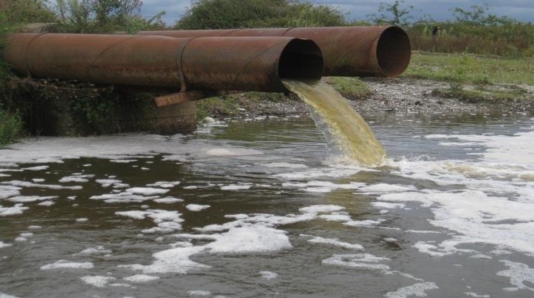 Четыре компании в Петербурге загрязняли канализацию металлами