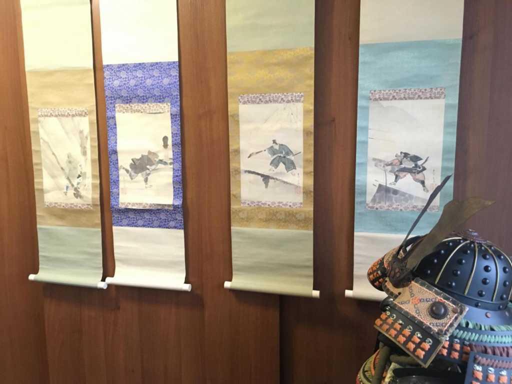 Петербурженка продает доспехи самурая за 670 тысяч рублей