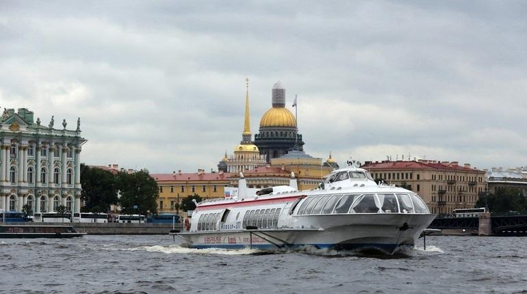 Со 2 мая из Кронштадта в Петербург начнут курсировать метеоры