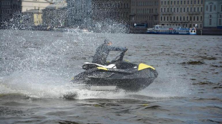 В Петербурге создали ассоциацию аквабайкеров