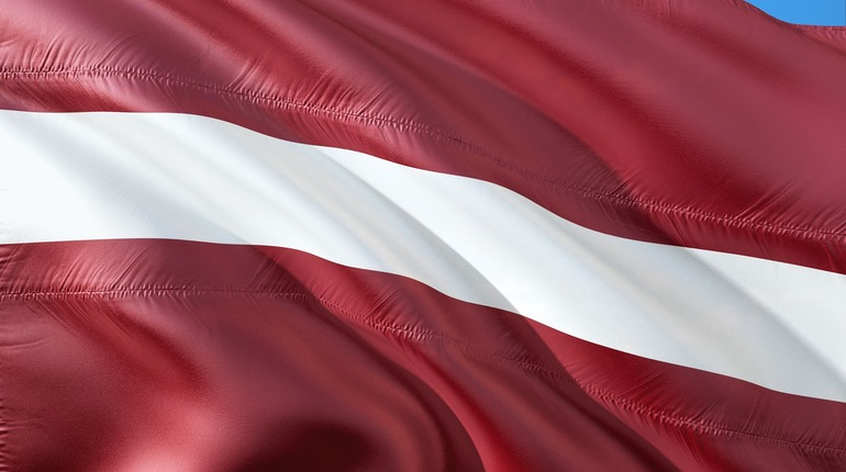США потребовали от Латвии лучше бороться с отмыванием денег