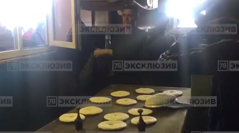 На Софийской овощебазе нашли мигрантов и незаконную пекарню