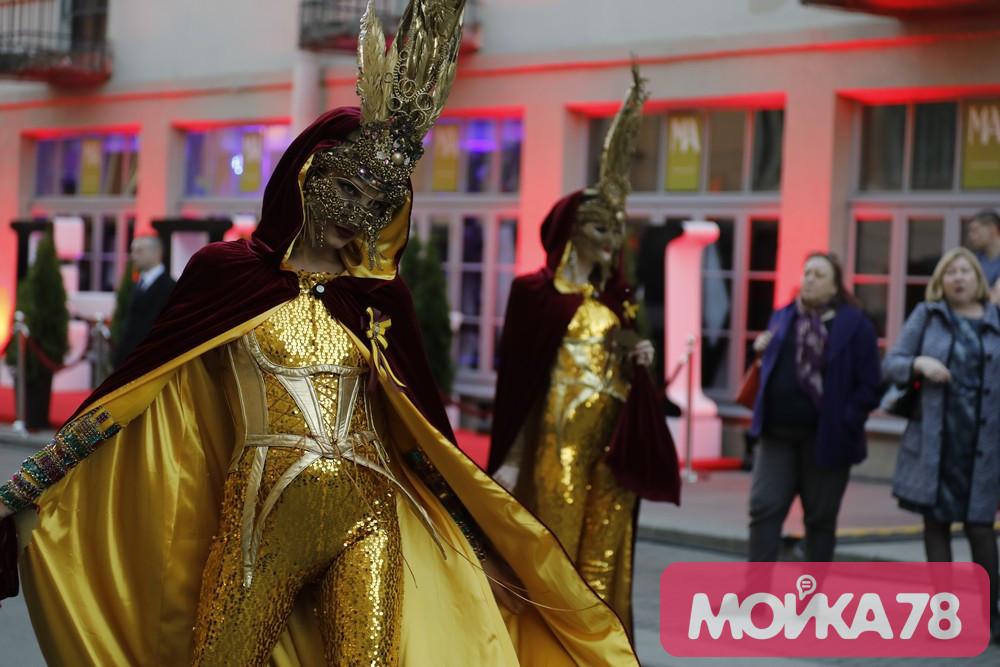 Жители Рубинштейна проснулись в ночь Legal Street под крики «В Питере — пить»