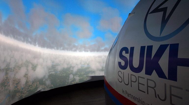 Летевший в Самару Sukhoi Superjet вернулся в Шереметьево