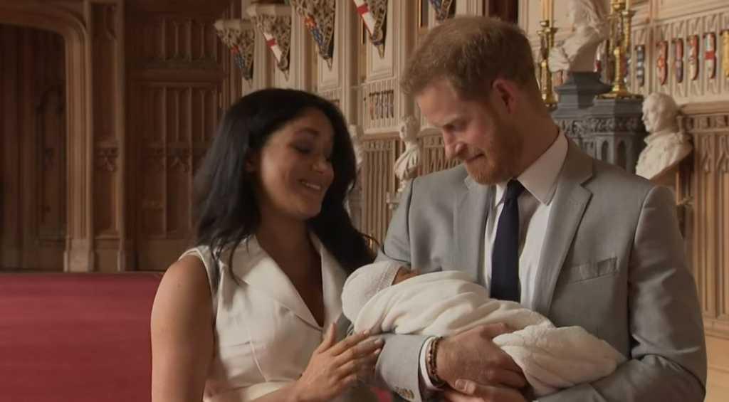 Сына принца Гарри и Меган Маркл лишат королевского титула