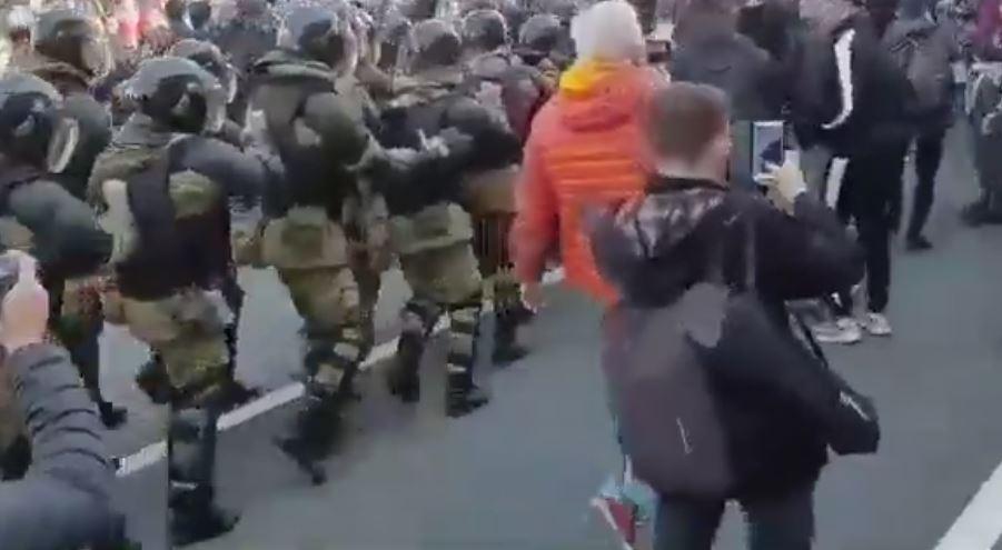 После первомайского шествия суд арестовал Пивоварова и Шуршева