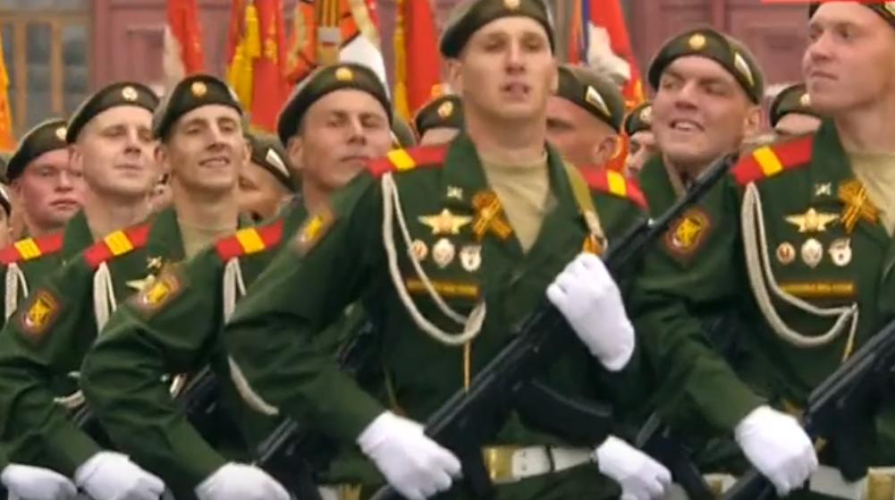 Коронавирус может отменить парад Победы 9 мая в Москве