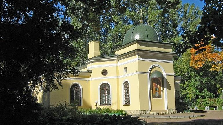 Церковь Великомученика Пантелеимона в Пушкине. Фото: Википедия