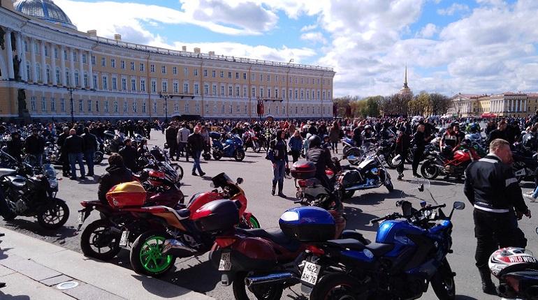 Открытие мотосезона в Петербурге. Фото: соцсети