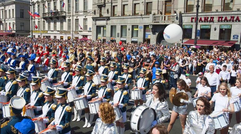Питерские барабанщики установили новый рекорд массового осуществления крещендо