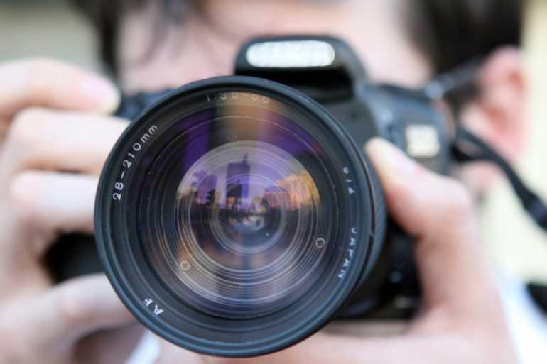 Китаец «расплатился» за ужин на Гороховой фотоаппаратом за 7 тысяч