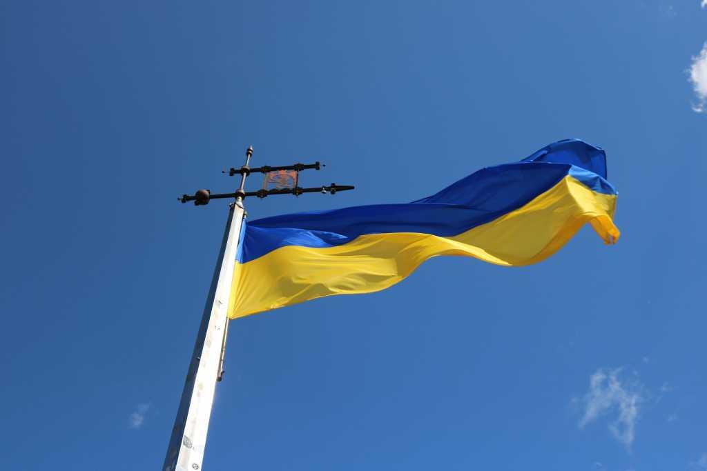 На Украине примут решение по закупке российской вакцины от COVID-19