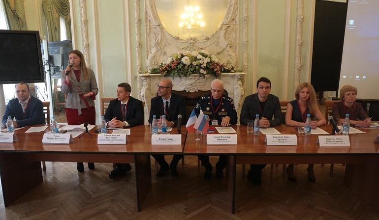 Стандартизация как будущее промышленной цифровизации: Петербург принял форум NFST-2019