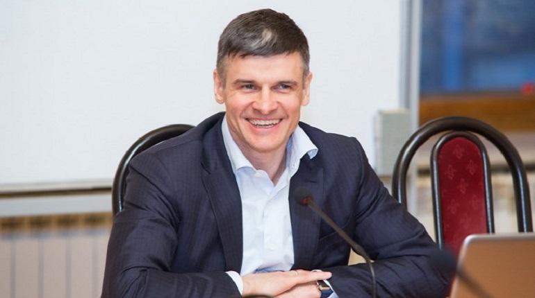 У экс-главы Пулково арестовали вертолет, самолет и машины