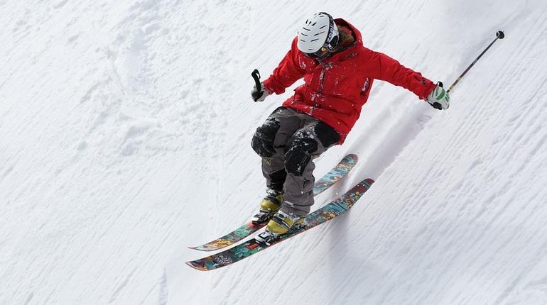 В Орехово лыжник вылетел прямо под колёса электрички