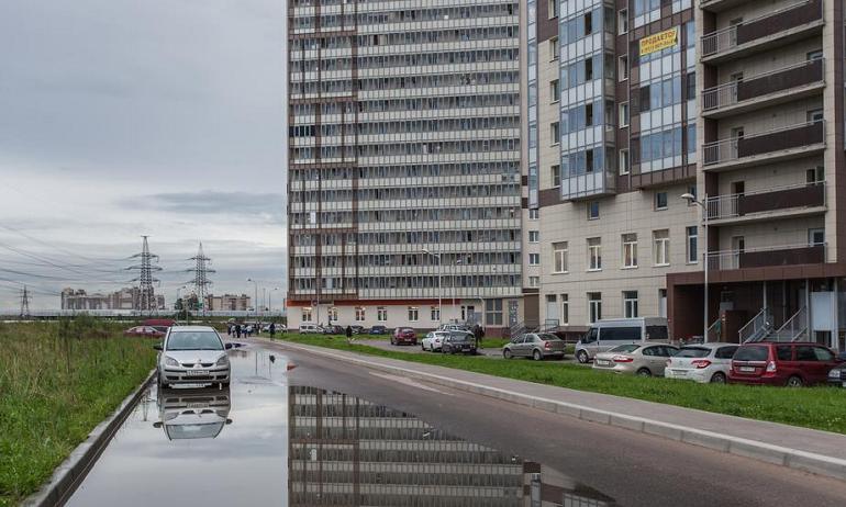В Мурино жители многоэтажек в 10 часов встретили конец света