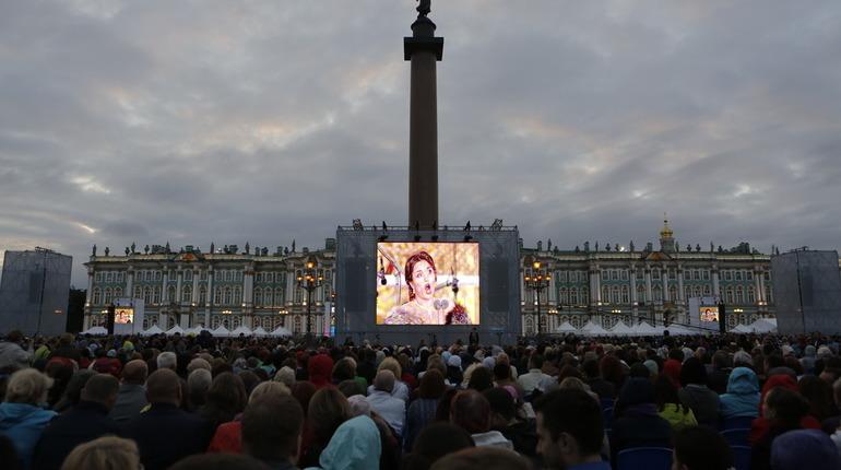 «Классика на Дворцовой» пройдёт в этом году в Петербурге «вживую»