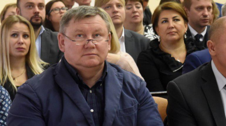 Петербуржцы оплатили только 10% сбитых светофоров, Мушта бездействует