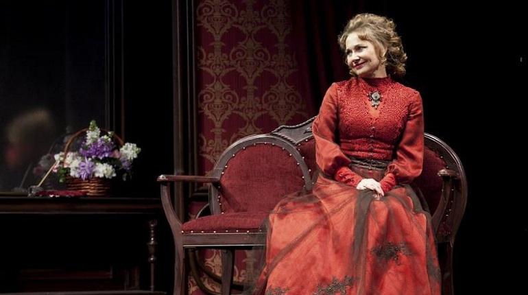 Жена Боярского стала худруком театра Ленсовета