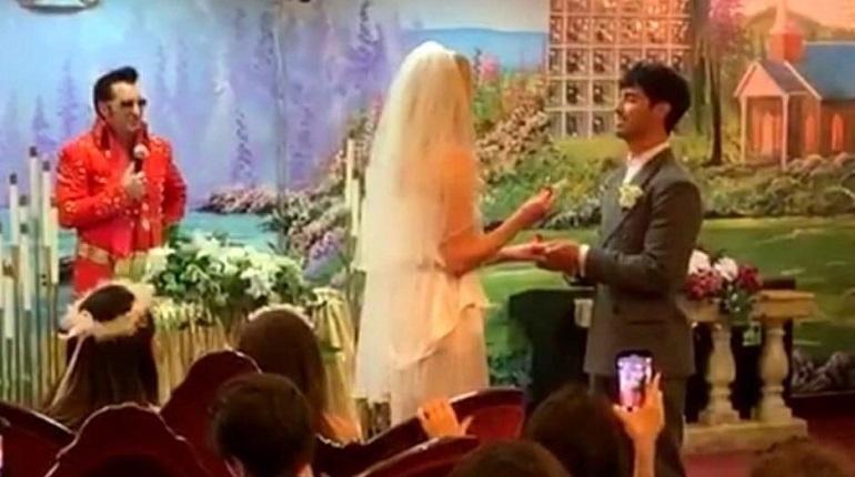 Исполнительница роли Сансы Старк вышла замуж в Лас-Вегасе