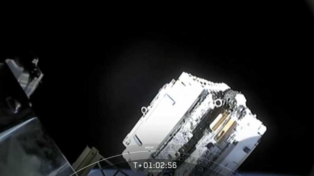 Илон Маск отправил первый твит через спутниковый интернет Starlink