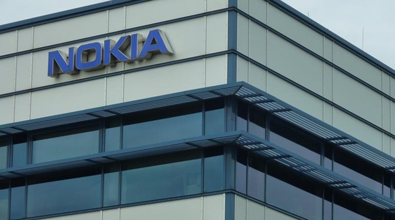Nokia работает над батареями в 2,5 раза вместительнее обычных