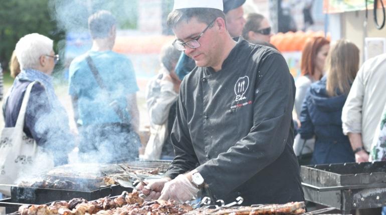 Фестиваль национальных кухонь в Петербурге. Фото: группа