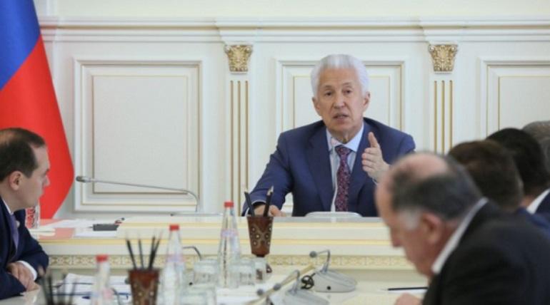 Глава Дагестана объяснил снос знака на границе с Чечней
