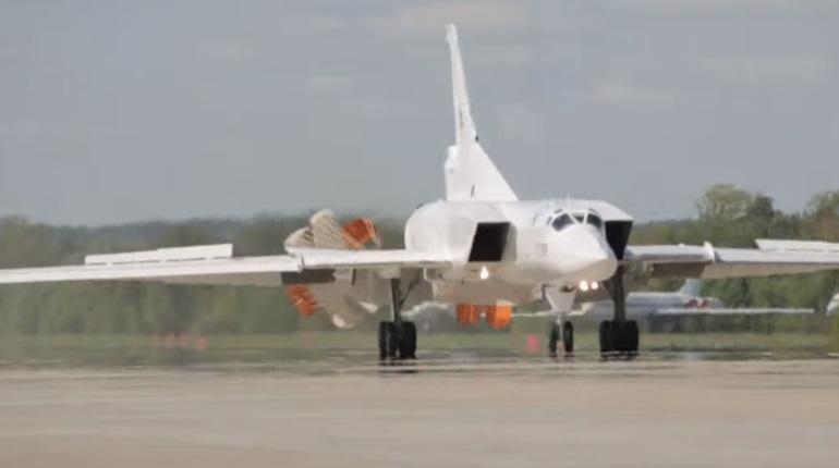 Испытания бомбардировщика Ту-22М3М показали на видео