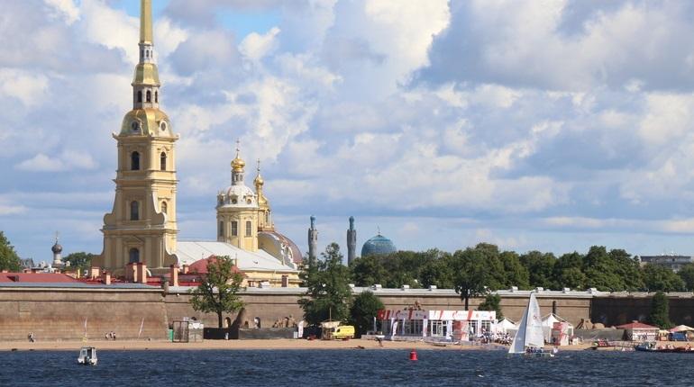 6 июля откроется Петропавловка, а 7 — музей Анны Ахматовой