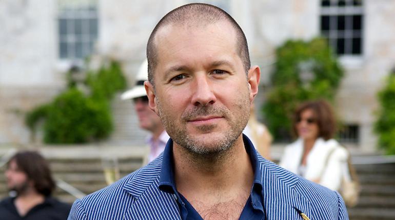 Капитализация Apple снизилась на $9 млрд из-за ухода основного дизайнера