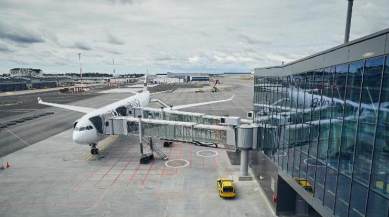 В аэропорту Хельсинки случилась багажная «пробка»