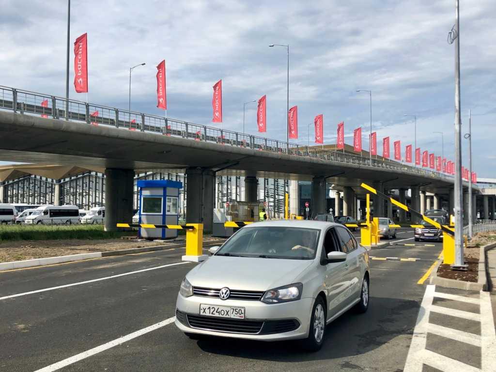 Информация о заминировании аэропорта Пулково оказалась ложной