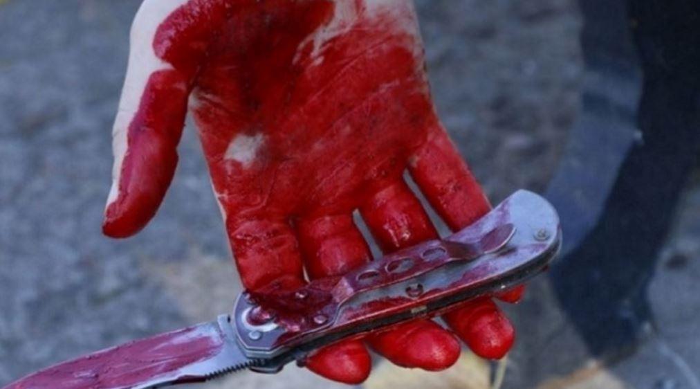 На Загородном дебошир напал с ножом на прохожего