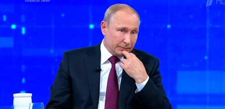 Путин: власти должны поставить экономику на новые рельсы