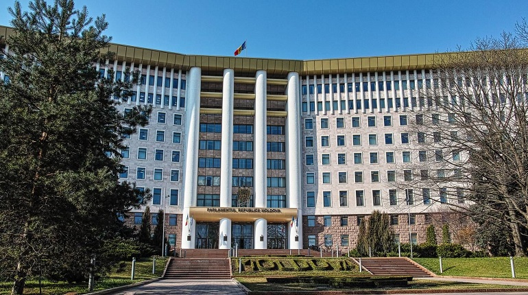 Представители Демпартии Молдавии уехали из страны