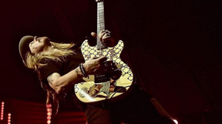 Поездка Дрозденко в Волхов и концерт Alice in Chains: события 18 июня