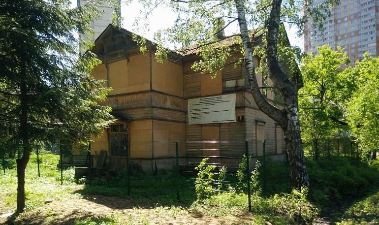 Жители Мурино попросили у шведов защиты для дома Кногеля