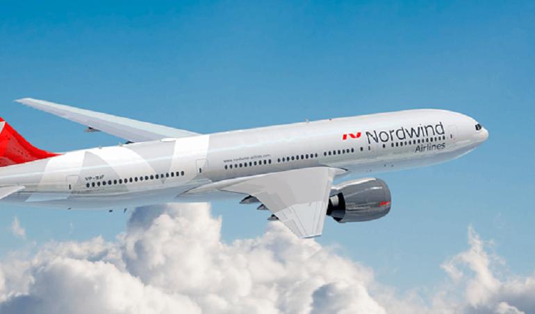 Самолет NordWind совершил жесткую посадку в Анталье: шасси пробило корпус лайнера