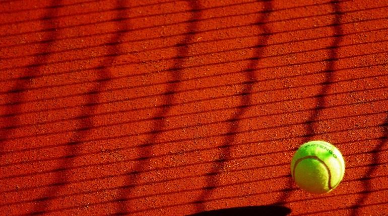 Теннисист Медведев поругался с судьей и закончил турнир US Open