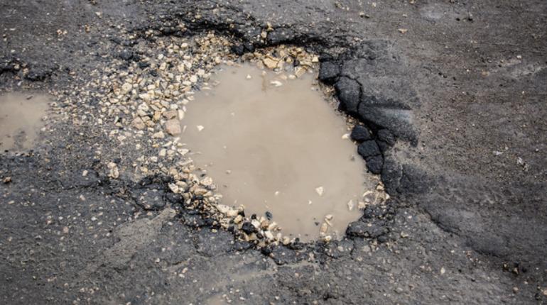 Ремонт трасс лишил отпусков дорожников Ленобласти