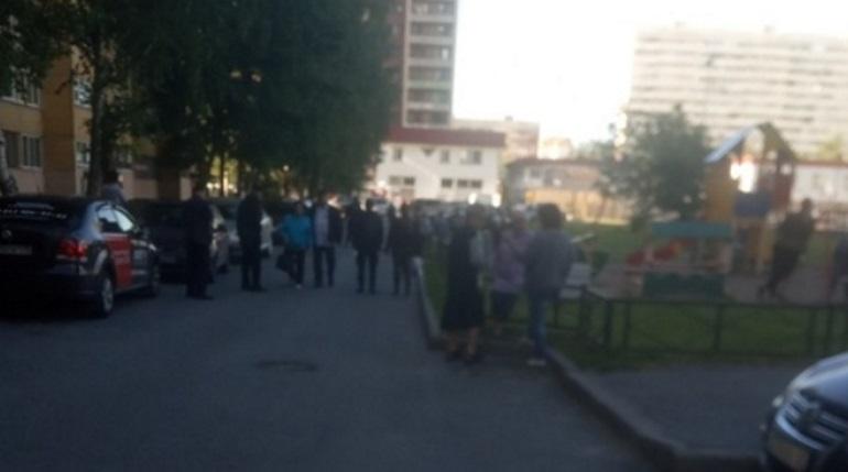 Макет бомбы в мусорку на Кузнецова положил школьник