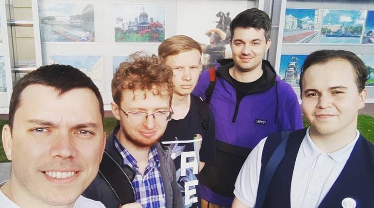 Побитых Шуршева и Горожанко зарегистрировали в МО «Екатерингофское»