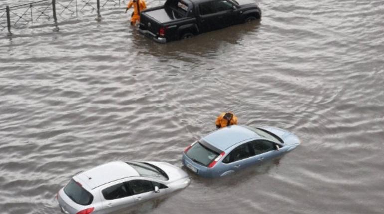 Потоп в Петербурге. Фото: группа