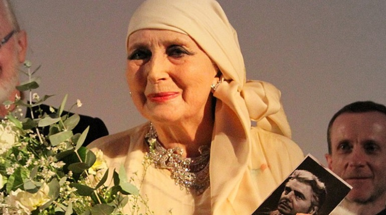 Умерла дива итальянского кино 40-х Валентина Кортезе