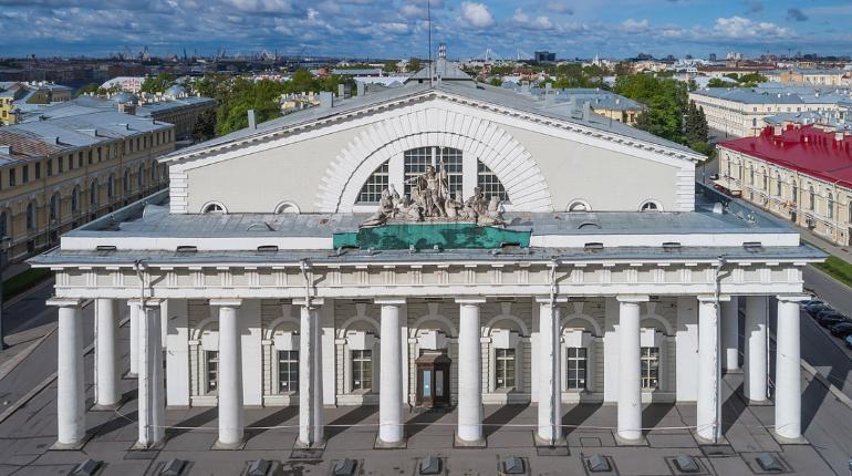 Главгосэкспертиза одобрила смету реставрации здания Биржи
