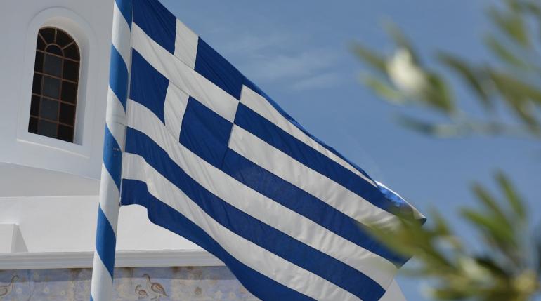Двое россиян погибли в шторм в Греции