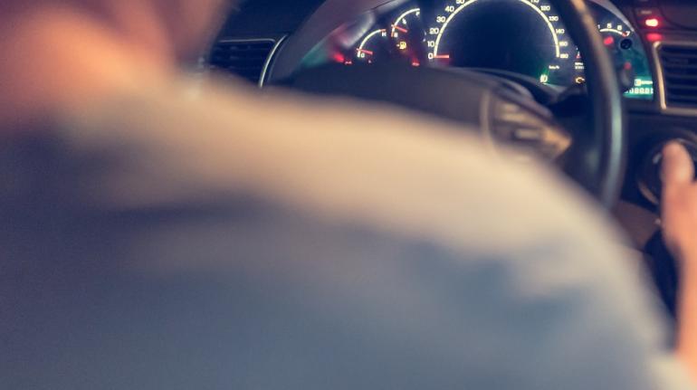 Петербуржец заплатил 230 тысяч алиментов ради новых водительских прав