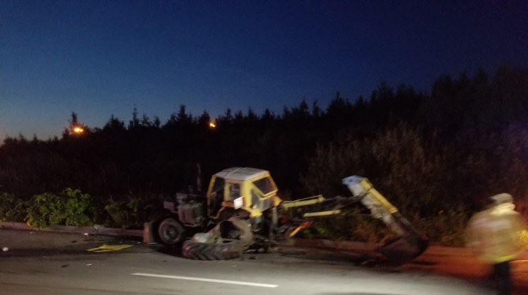 ВАЗ 2110 разбился о брошенный трактор на Парнасе, водитель погиб